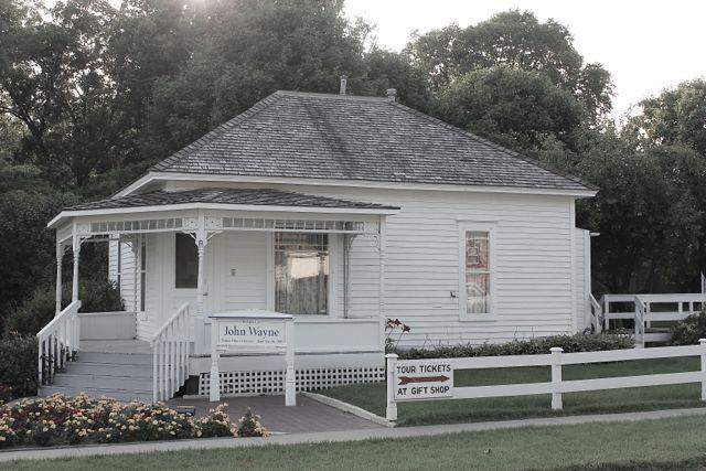 JOHN WAYNES HOUSE